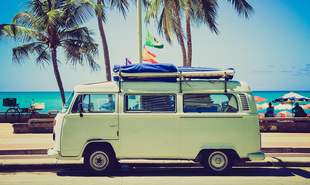 Faire des économies sur la route des vacances